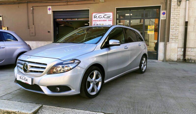Mercedes B180 CDI completo